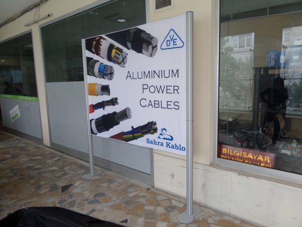 centro-stand-banner-150-199-3501