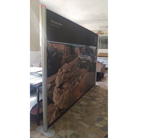 centro-stand-banner-225-200-4364 – 3